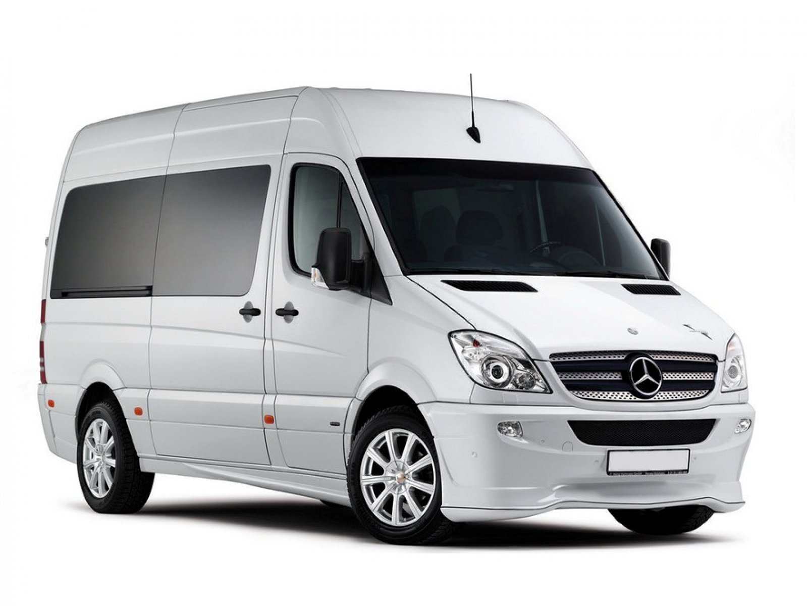 Rent mercedes benz sprinter with driver for Mercedes benz sprinter rental